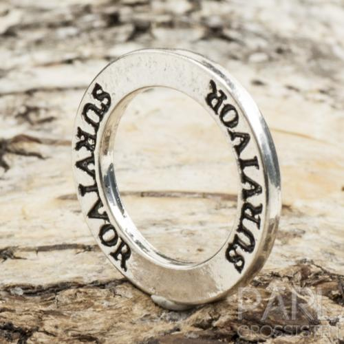 "Budskapsring ""SURVIVOR"" 22 mm, Antiksilver (st)"