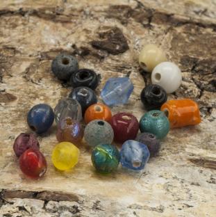 Glaspärlor ca 4 mm, Färgmix (200g)